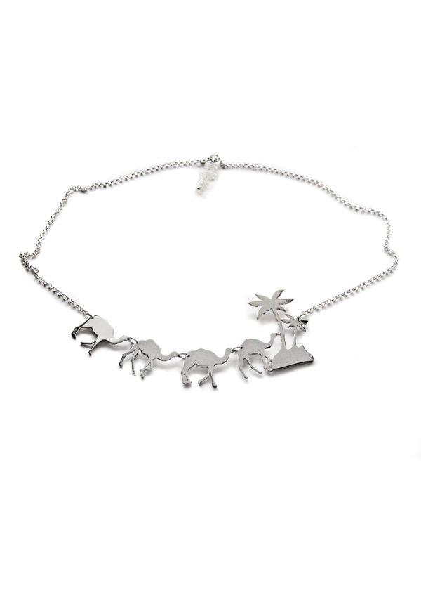 camel trophy necklace