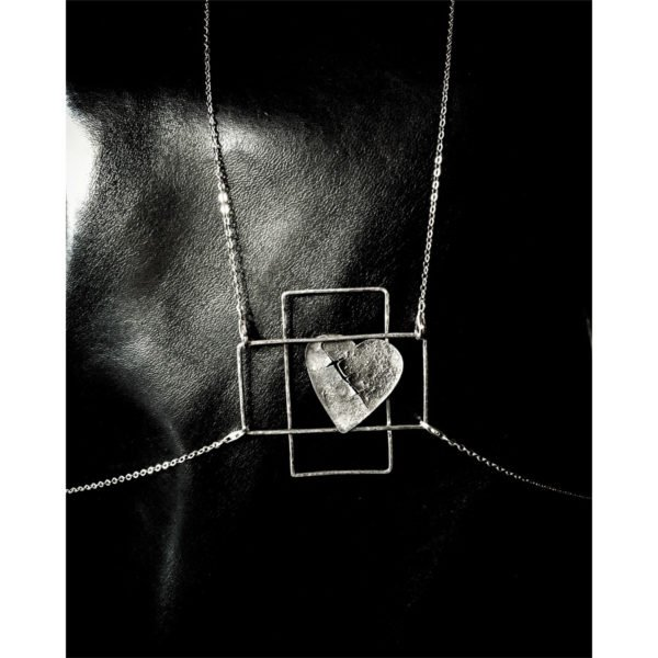 silver heart scared body necklace