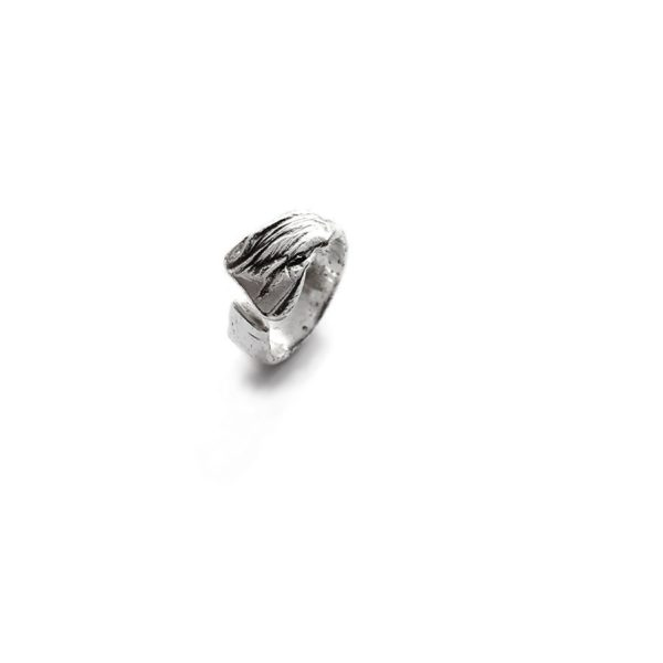 liquido silver ring