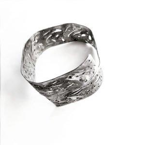 silver skin bangle alto 900
