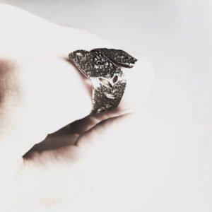 silver skin hand_ 900